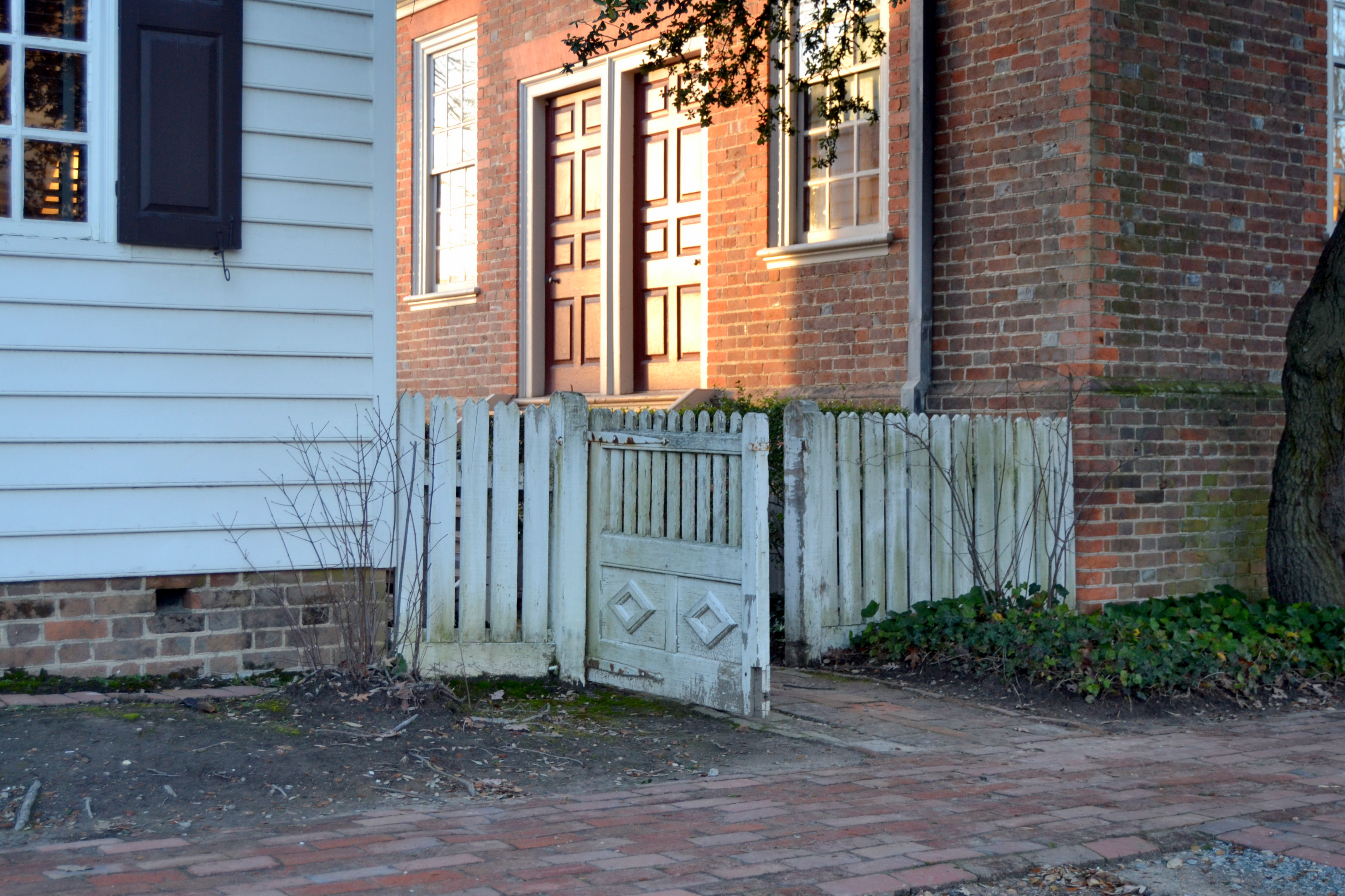 friday s fences – colonial williamsburg
