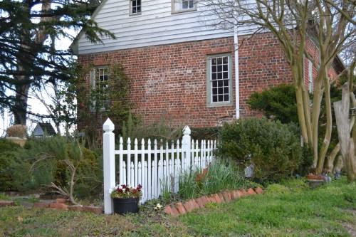 mills fence1