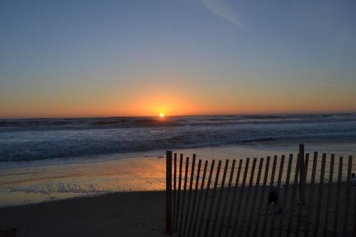 sunrise fence3