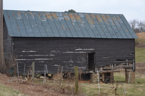 barn by road2 3-17-2013 8-59-01 AM
