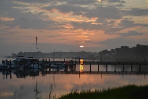 sunrise 8-11-2013 6-32-04 AM