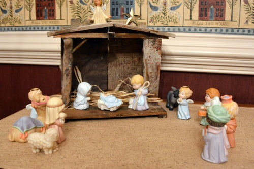 nativity 12-24-2013 10-08-15 AM