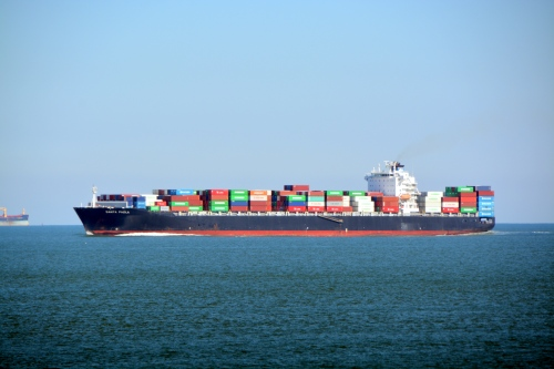 container ship best 2-16-2014 1-16-29 PM