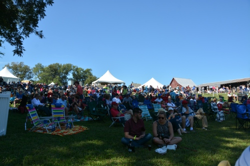 crowd 9-27-2014 2-08-03 PM