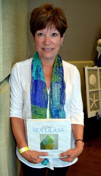db donna scarf 9-28-2014 12-06-29 PM