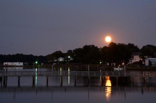 moon 10-8-2014 7-10-03 PM
