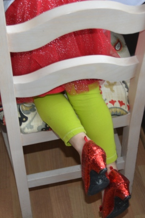 red shoes 12-6-2014 12-23-14 PM