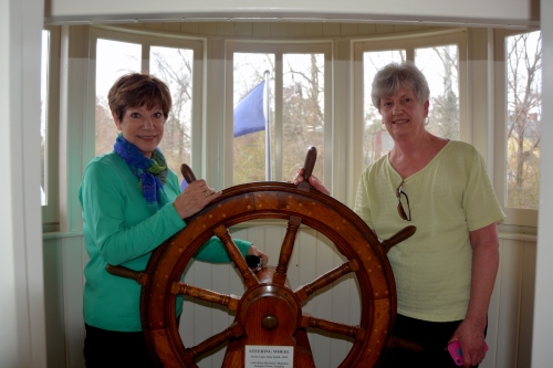 db linda ships wheel 3-17-2015 1-16-25 PM