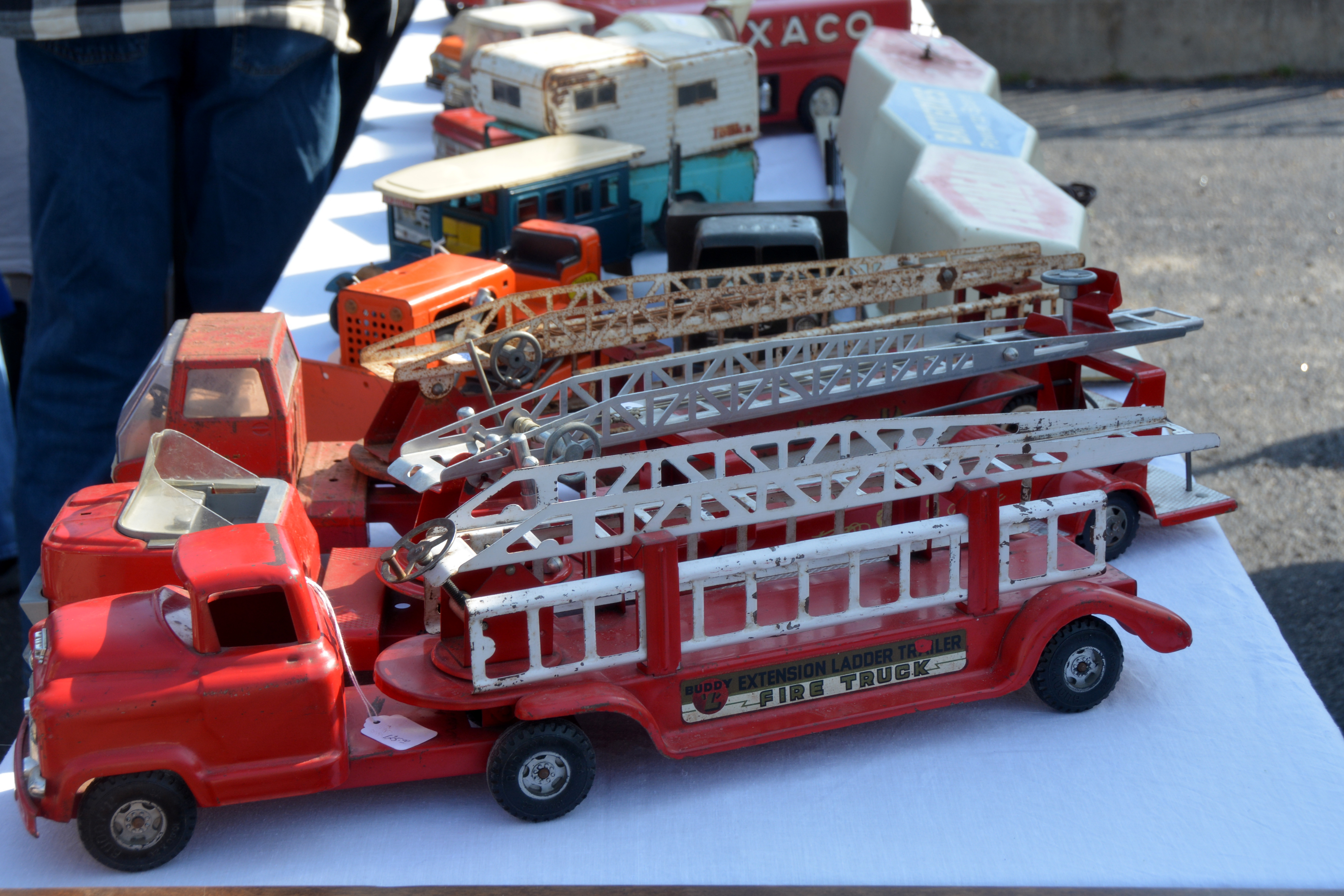 Recommend you vintage toy fire trucks think