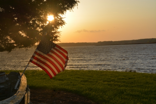 flag at sunset 4-22-2015 7-11-38 PM
