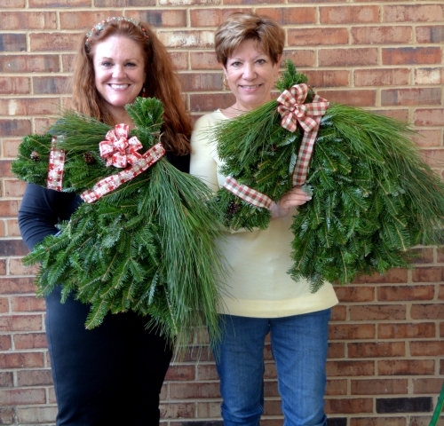 donna db wreaths 12-12-2015 3-52-52 PM