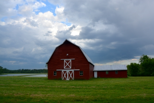 barn and storm 5-14-2016 6-32-35 PM