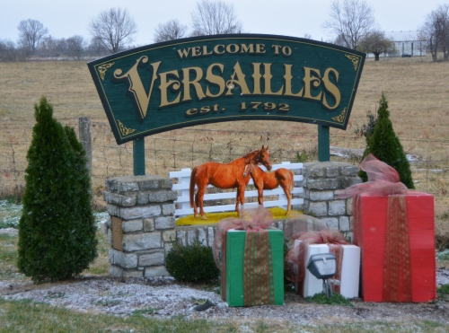versailles-sign-12-9-2016-9-48-29-am